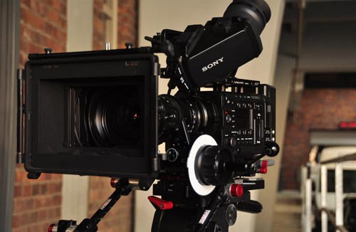Werkblende Leipzig Technik - Sony F5 Kamera: 4K-Super-35mm-mit Angenieux Optiken