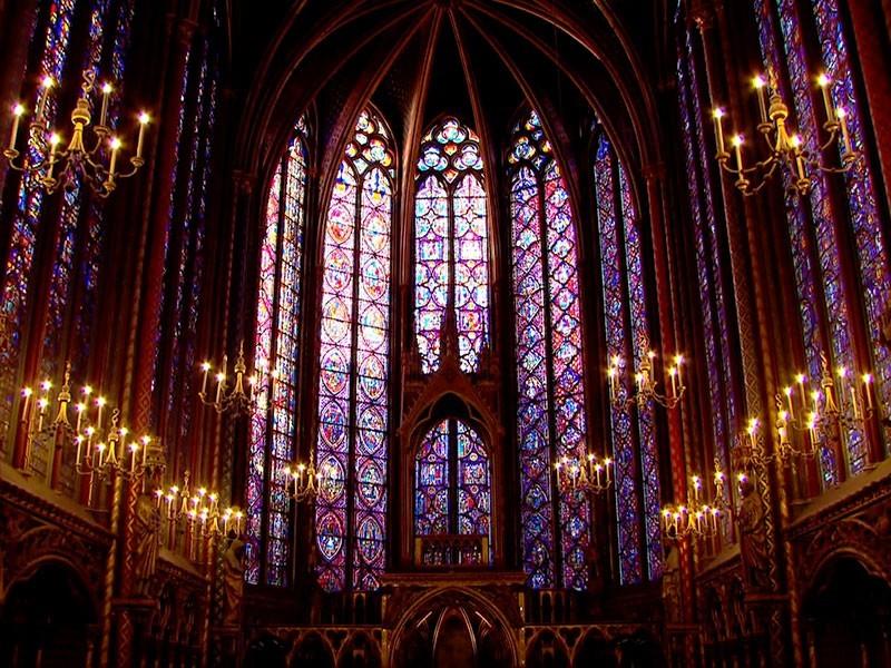 die Palastkapelle in Beauvais – ein Meisterwerk aus Glas