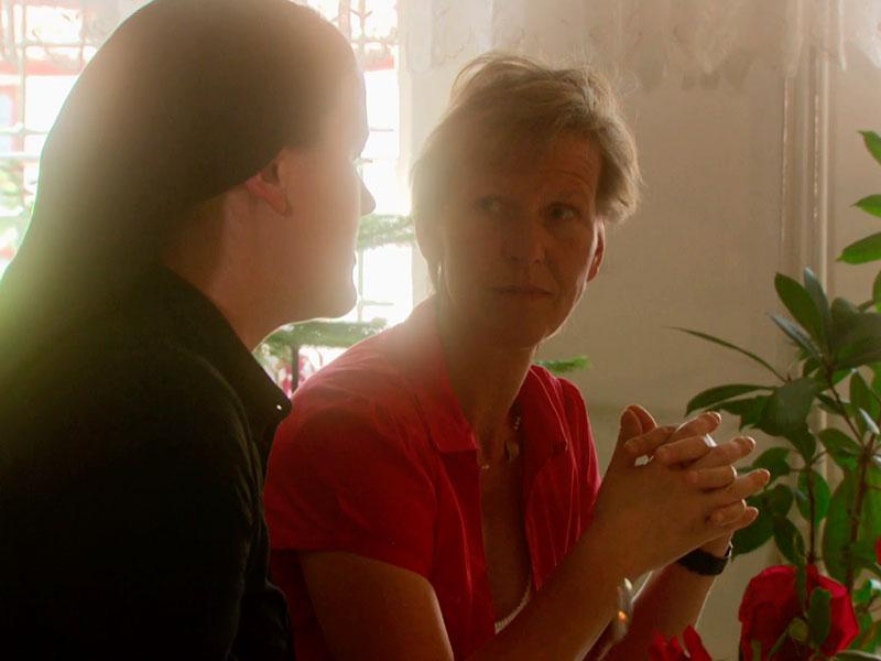 die Mutter erfährt, dass ihre Tochter Novizin werden will – sie werden sich im folgenden Schweigejahr nicht sehen