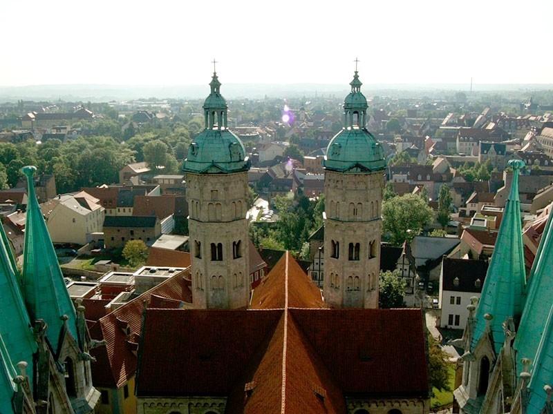 was für ein Panorama: der Blick vom Nordwestturm des Naumburger Doms