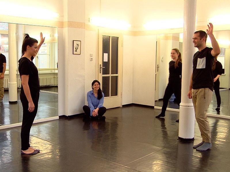 wird oft unterschätzt: Ines verschreibt Tanzunterricht