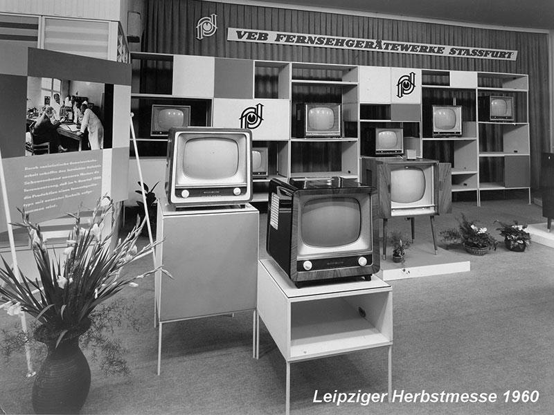 Leipziger Herbstmesse 1960. Das Fernsehgerätewerk zeigte seine Schwarz-Weiß-Geräte